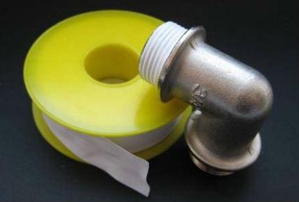Пример обычной фум-ленты под резьбу