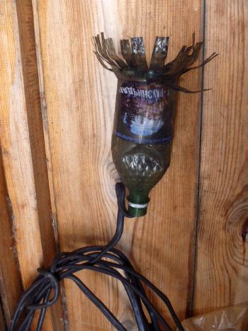 Самодельный ерш из пластиковой бутылки и резинового троса