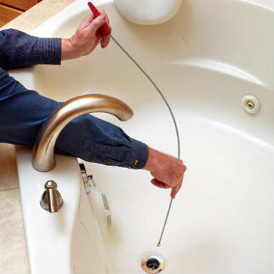 Применение троса для очистки труб