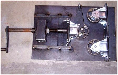Пример конструкции горизонтального трубогиба