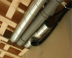 Смешанная вентиляция из стальных и канализационных труб