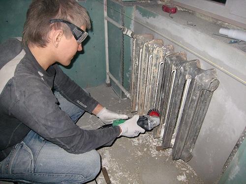 Очистка радиатора перед покраской
