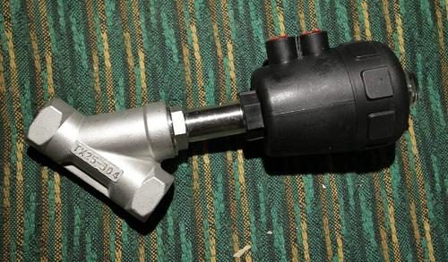 Седельный отсекающий клапан с пневмоприводом
