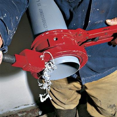 Процесс установки клапана такой-же, как для других фасонных частей канализации