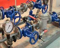 Запорно-регулирующие вентиля на трубопроводе