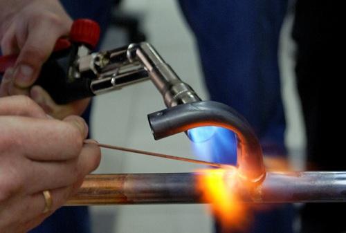 Технология пайки медных труб мягким способом с помощью газовой горелки