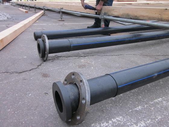 Пластиковая втулка обеспечивает прочное фланцевое соединение трубопроводов