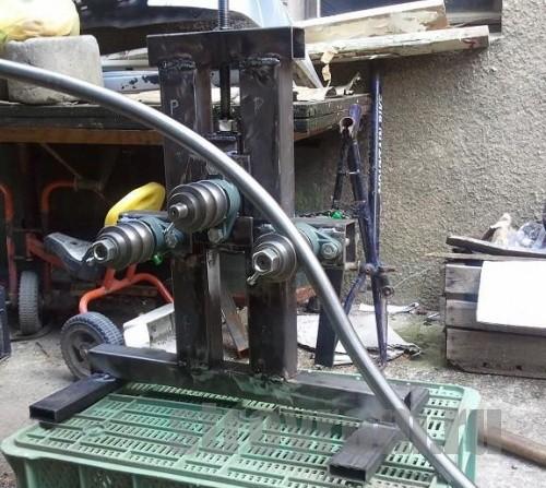 Трубогиб - это механизм для гибки металлических труб