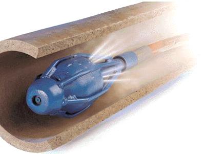 Прочистка труб водой через конус под высоким давлением