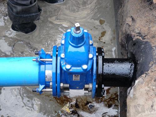 Задвижка АВК перекрывает поток рабочей жидкости в трубопроводе